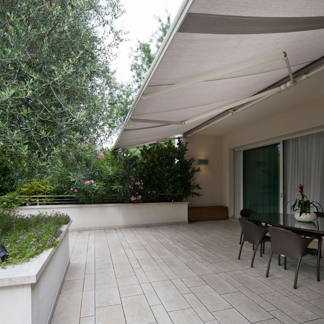 Arredo giardino varese produzione vendita e posa a varese for Arredo giardino milano